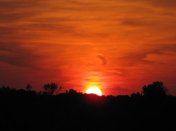 sunset-49383_1920